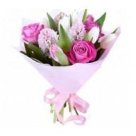 Корпоративный букет из роз и тюльпанов