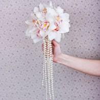 Свадебный букет невесты из орхидей