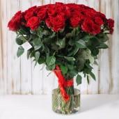 Букет из красных роз спб