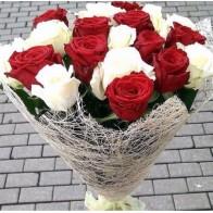 19 роз микс в сезале