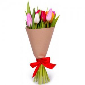 11 тюльпанов микс в крафте