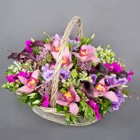 Корзина «Сиреневый сад»