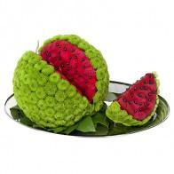 Фигура из цветов «Сочный арбузик»